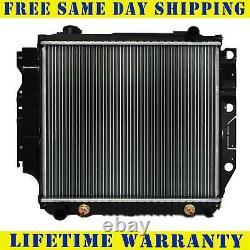 Radiator For 1987-2006 Jeep Wrangler 4CYL 2.4L 2.5L V6 4.0L 4.2L Free Shippng